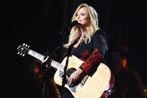 Miranda Lambert, Reba McEntire, George Strait & More to Perform at ACM Awards