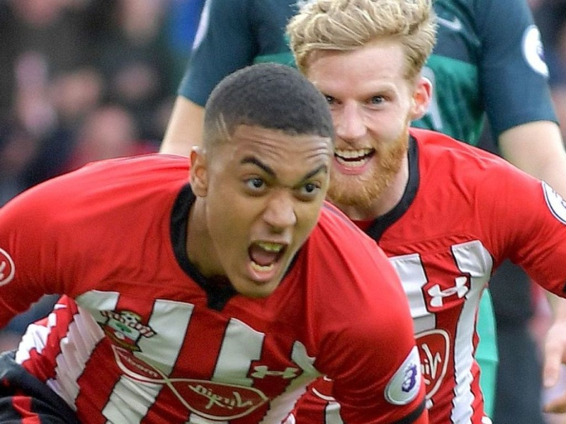 Valery signs fresh Southampton deal
