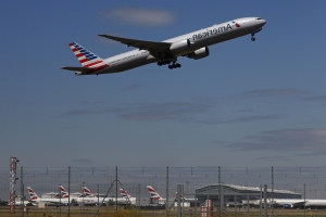 American Airlines pilots told by union not to fly to Venezuela