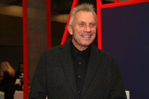 Joe Montana denies wrongdoing in college admissions scandal