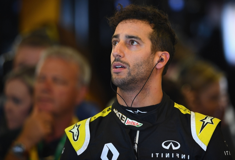 Bizarre reason for Ricciardo's Aussie GP struggle