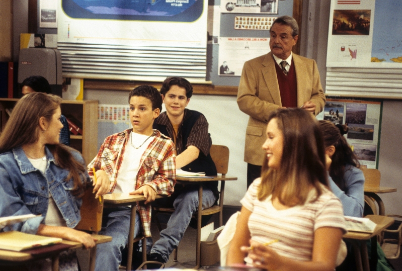 Boy Meets World cast reunites with Mr. Feeny — See the adorable photos