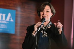 Amy Klobuchar after New Zealand attack: Trump's 'rhetoric doesn't help'