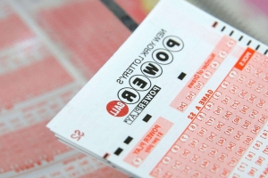 Powerball jackpot nears half a billion dollars in year's largest prize yet