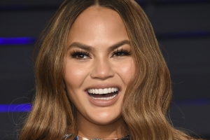 Chrissy Teigen's Latest Instagram Clapback Is a Win for Postpartum Bodies
