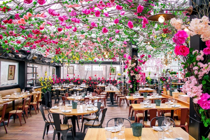 This NYC Rooftop Restaurant is a Floral Wonderland
