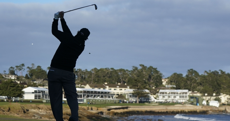 19th hole: Phil Mickelson, more older players thriving raises concerns for PGA Tour Champions