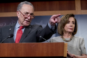 Democrats Pelosi, Schumer say full Mueller report should be made public