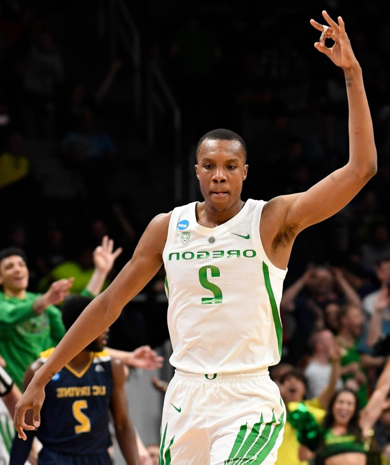 89501b20798 UC Irvine baited Oregon s Louis King by calling him  Queen  during NCAA  tournament game