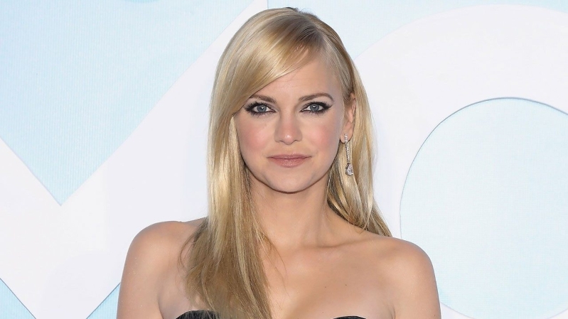 Entertainment: Anna Faris Discusses the 'Embarrassment of