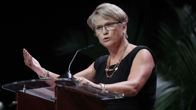 Holly Warlick out as Tennessee coach after 7 straight NCAA appearances