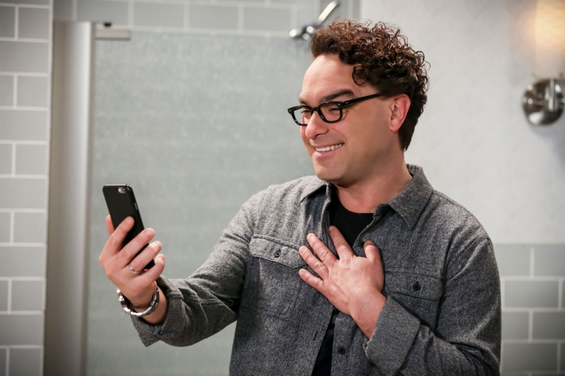'Big Bang Theory' star Johnny Galecki trolls 'Jeopardy!' contestant who botched his name