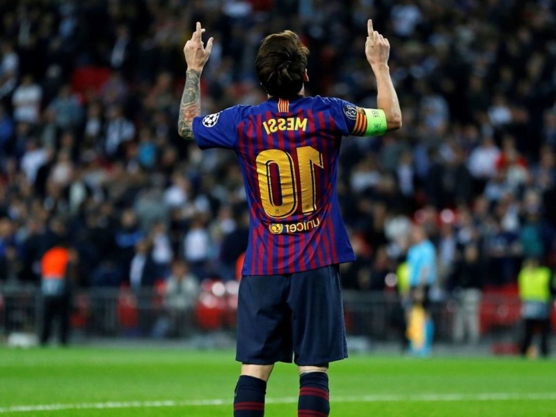 a6430410c Sports  Pope Francis  Messi is a joy to watch