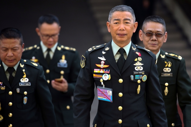 World: Thai army chief warns against protests after disputed