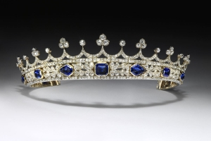 The Scandal Behind Queen Victoria's Favorite Tiara