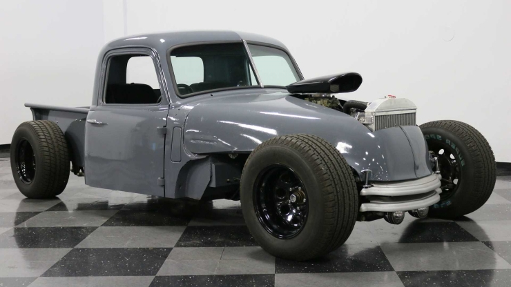 Classics: This 1948 Chevrolet 3100 Is Rat Rod Heaven