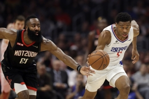 Harden's 31 leads Rockets' 135-103 rout of Clippers