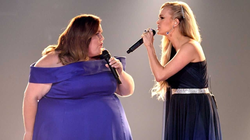 Chrissy Metz Makes Her Singing Debut With Carrie Underwood at the 2019 ACM Awards