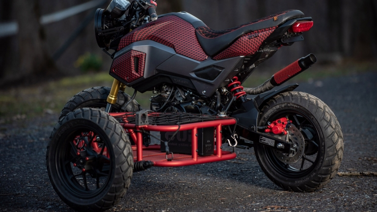 Put a tiny sidecar on your adorable Honda Grom