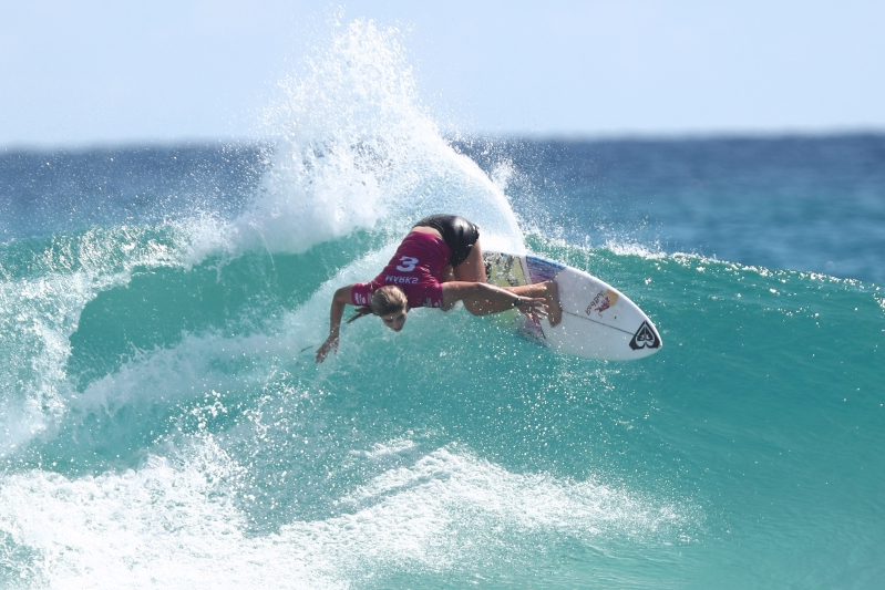 Teenager Caroline Marks wins 1st World Surf League title
