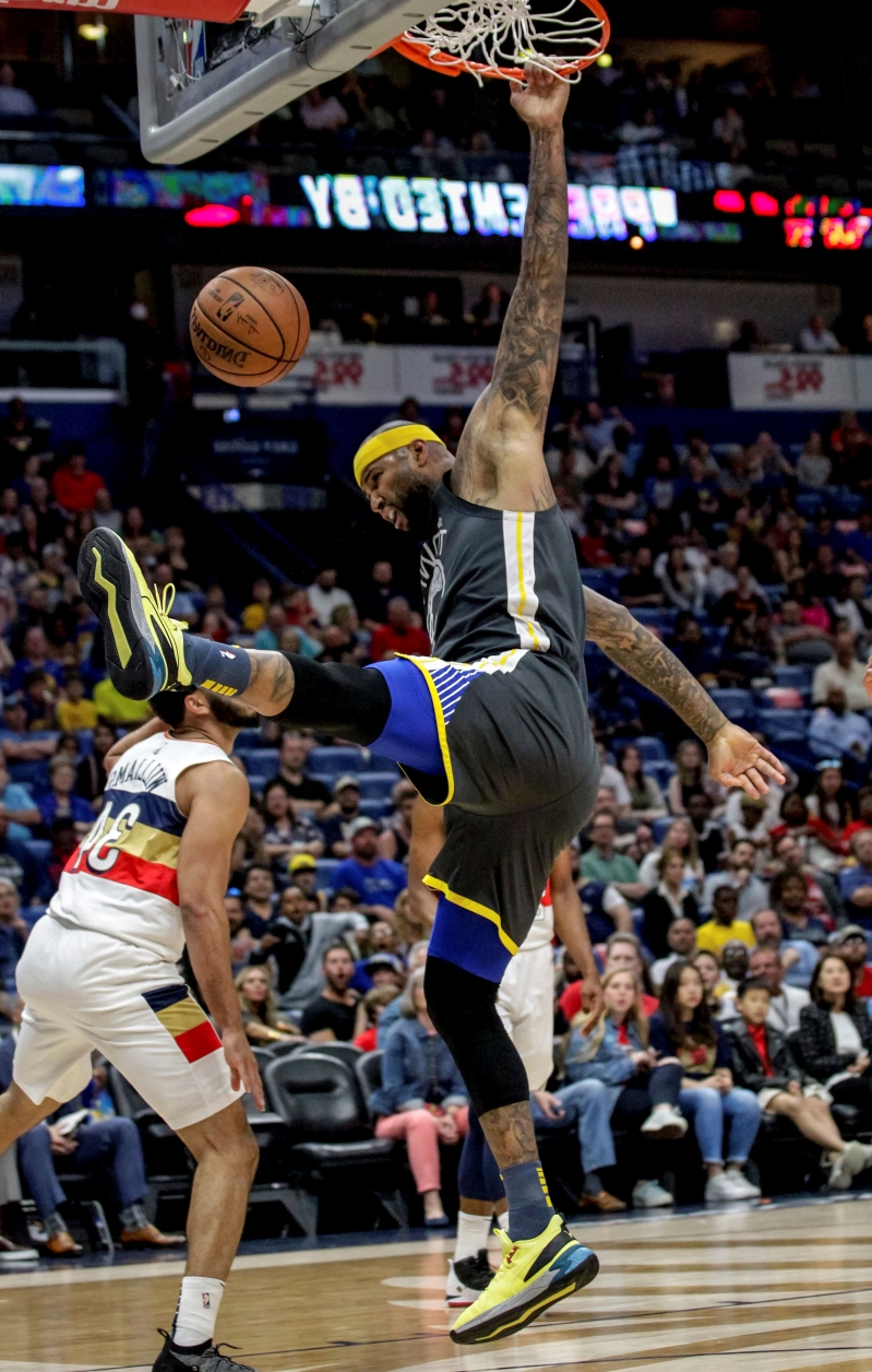 58dc332457b Cousins leads Warriors past Pelicans  Curry leaves hurt © The Associated  Press Golden State ...
