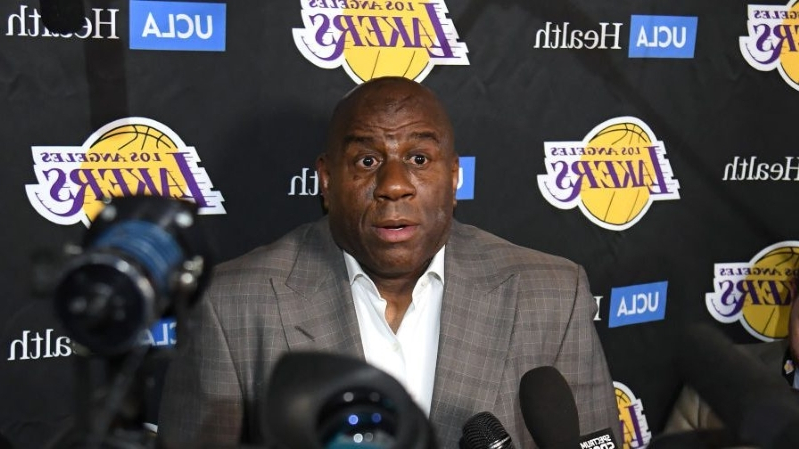 In wake of Magic's surprise, pressure falls on Jeanie Buss to be bold