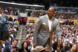 Magic Johnson steps down as Lakers president
