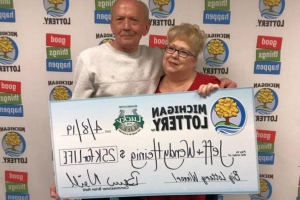 Man Rescues Lotto Ticket From Garbage, Wins $25,000 a Year for Life