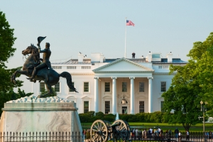 Man sets himself on fire outside of White House