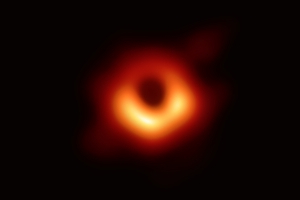 Why didn't scientists photograph the black hole at the center of the Milky Way?