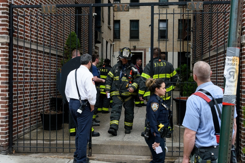 Brooklyn man charged with assault, arson for stabbing wife, daughter and setting home on fire