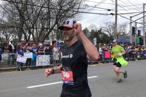 Jimmie Johnson completes Boston Marathon