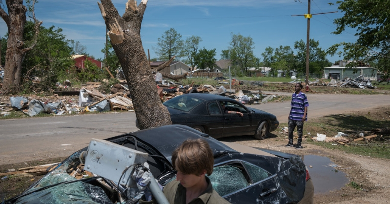 9 Dead as Tornadoes, Wind and Flooding Extend From Texas to Northeast