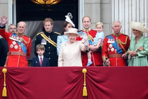 10 Amazing Facts About Buckingham Palace
