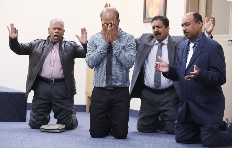 'The lower we got, the more blood we saw': Canadians react to Sri Lankan bombs