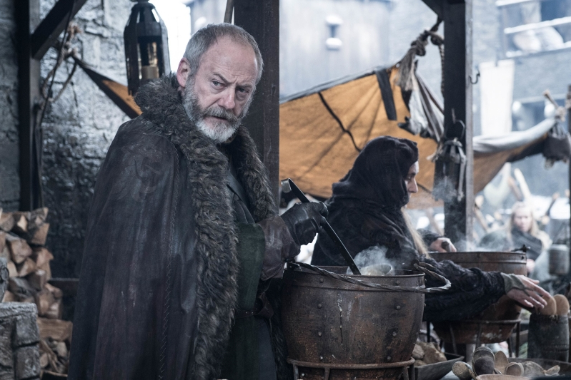 game-of-thrones-former-cia-deputy-director-david-cohen-cameos-in-winterfell-soup-line__438192_