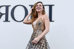 dcc56e8a Blake Lively wore a Forever 21 dress on the red carpet and said it was  vintage