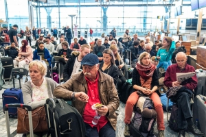 Scandinavian Airlines strike affects 72,000 travelers