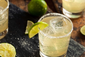 Applebee's Is Unleashing Dollar Margaritas for the Entire Month of May