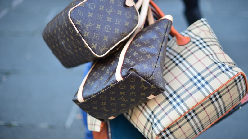 e706b8bfd8a Style: Instagram has a counterfeit fashion problem - PressFrom ...