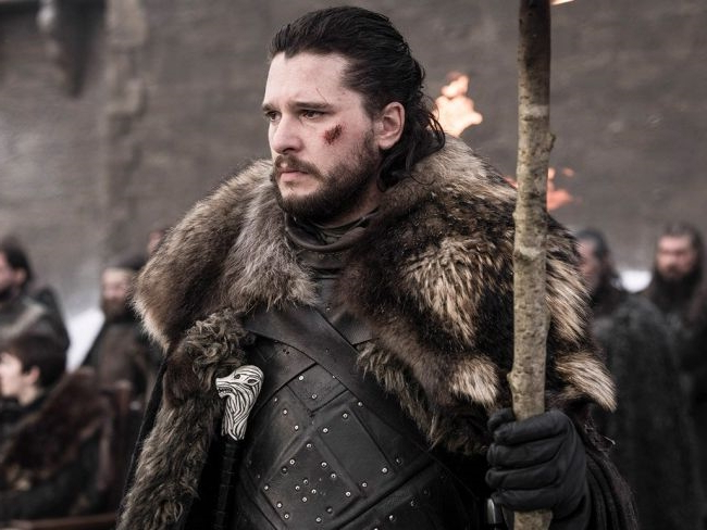 "Game of Thrones saison 8 : Kit Harington (Jon Snow) promet un épisode 4 ""tordu"" et ""inconfortable"""