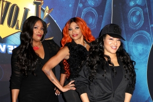 a9cd0d6e1f Entertainment: Spinderella reveals she's been kicked out of Salt-N-Pepa via  email - PressFrom - Australia
