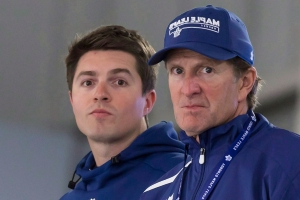 Dubas support means Mike Babcock must innovate to improve Maple Leafs