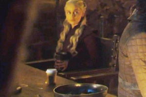 Is That a Starbucks Cup on 'Game of Thrones'?