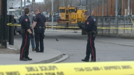 Woman injured, suspects on the loose after southeast Calgary shooting