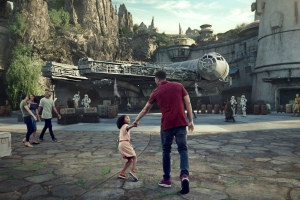 Disney to add 'Extra, Extra Magic Hours' for resort guests at Star Wars: Galaxy's Edge debut