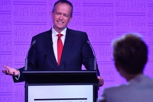 Bill Shorten more genuine in debate: body language expert