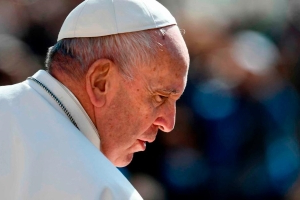 Pope issues new rules mandating the reporting of sexual abuse