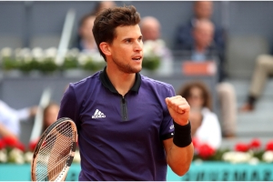 Thiem stuns Federer with Madrid fightback