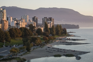 City of Vancouver looks to revitalize West End beaches, but council and park board are in the dark